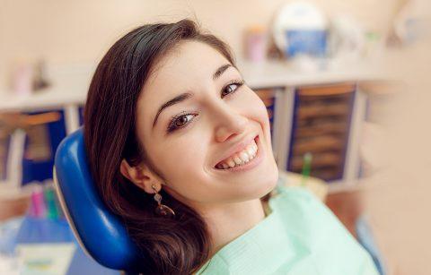 Five Reasons Dental Bridges Will Make You Smile